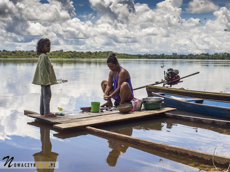 Dżungla Amazońska, wioska nad rzeką